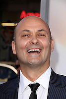 Steve Bastoni<br /> at &quot;The Water Diviner&quot; Premiere, TCL Chinese Theater, Hollywood, CA 04-16-15<br /> David Edwards/DailyCeleb.Com 818-249-4998