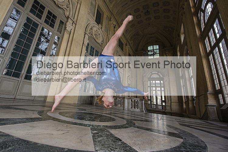 23 maggio 2015, Torino, Palazzo Madama: le ragazze della Reale Ginnastica Torino, posano presso lo scalone del Palazzo Madama di Torino.