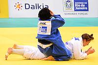 RIO DE JANEIRO, RJ,30 DE AGOSTO DE 2013 -CAMPEONATO MUNDIAL DE JUDÔ RIO 2013- A norte coreana Kyong Sol (de azul) derrotou a holandesa Marthinde Verneck e conquista a medalha de ouro na categoria -78kg no Mundial de Judô Rio 2013, no Maracanazinho de 26 de agosto a 01 de setembro, zona norte do Rio de Janeiro.FOTO:MARCELO FONSECA/BRAZIL PHOTO PRESS