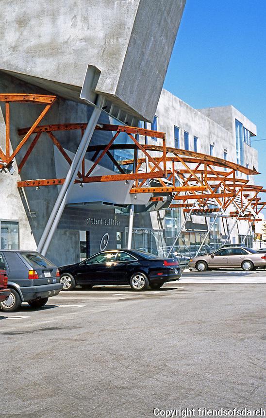 Eric Owen Moss: Pittard Sullivan. Entrance on parking lot. Photo 1999.