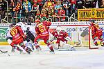 Nuernberg scheitert an Duesseldorf beim Spiel in der DEL, Duesseldorfer EG (rot) - Nuernberg Ice Tigers (weiss).<br /> <br /> Foto © PIX-Sportfotos *** Foto ist honorarpflichtig! *** Auf Anfrage in hoeherer Qualitaet/Aufloesung. Belegexemplar erbeten. Veroeffentlichung ausschliesslich fuer journalistisch-publizistische Zwecke. For editorial use only.