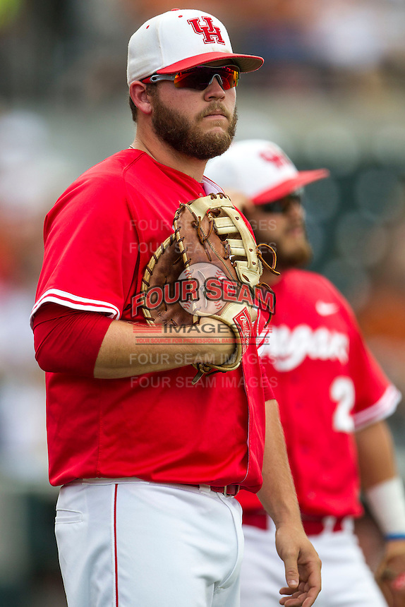 Houston Cougars first baseman Casey Grayson (18) before the NCAA baseball game against the Texas Longhorns on June 6, 2014 at UFCU Disch–Falk Field in Austin, Texas. The Longhorns defeated the Cougars 4-2 in Game 1 of the NCAA Super Regional. (Andrew Woolley/Four Seam Images)