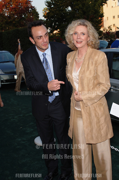 Actress BLYTHE DANNER & actor HANK AZARIA at the 15th Annual Environmental Media Awards in Los Angeles..October 19, 2005 Los Angeles, CA..© 2005 Paul Smith / Featureflash
