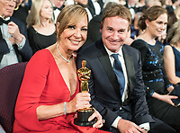 Oscar&reg; winner for performance by an Actress in a Supporting Role, Allison Janney and guest, at the 90th Oscars&reg; at the Dolby&reg; Theatre in Hollywood, CA on Sunday, March 4, 2018.<br /> *Editorial Use Only*<br /> CAP/PLF/AMPAS<br /> Supplied by Capital Pictures