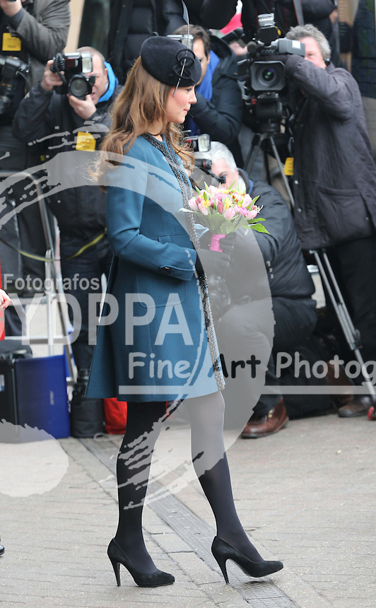 The Duchess of Cambridge leaving Baker Street tube station in London, after a visit as part of the London Underground's 150th anniversary , Wednesday, 20th  March 2013.  Photo by: Stephen Lock / i-Images / DyD Fotografos