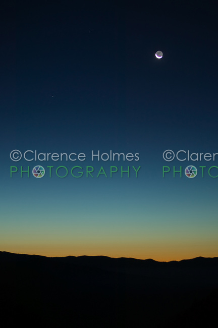 Waning crescent moon and Mercury in pre-sunrise sky over Oconaluftee Overlook, Great Smoky Mountains National Park