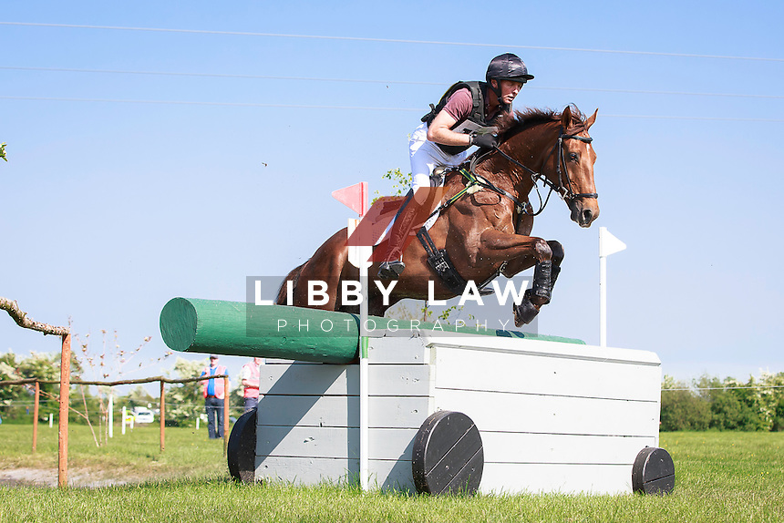 NZL-Daniel Joceyln (SOUTHFORK) INTERIM-34TH: COOLEY FARM CCIYH1* CROSS COUNTRY: 2016 IRL-Tattersalls International Horse Trial (Friday 3 June) CREDIT: Libby Law COPYRIGHT: LIBBY LAW PHOTOGRAPHY