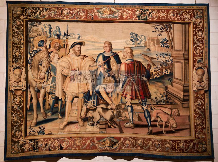 Europe/France/Centre/41/Loir-et-Cher/Sologne/ Chambord: Château de Chambord Départ pour la chasse - Tenture des Chasses du roi François XVII ème //France, Loir et Cher, Loire Valley listed as World Heritage by UNESCO, Chateau de Chambord  Collections of tapestries about hunting