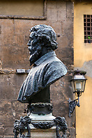 Bust of goldsmith Benvenuto Cellini located on The Ponte Vecchio bridge, Florence, Italy