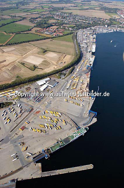 Deutschland, Schleswig- Holstein, Travemuende, Hafen, Umschlag