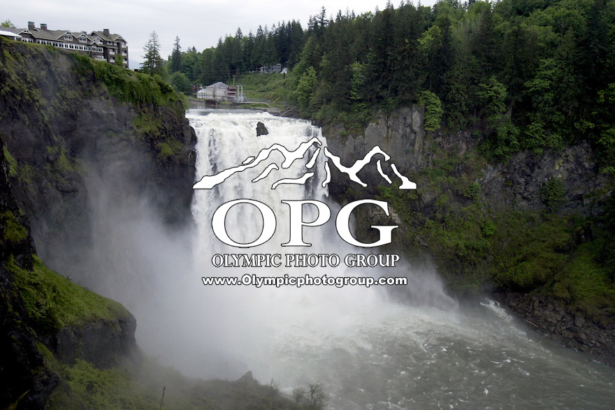 May 25, 2008: The Snoqualmie Falls located in North Bend, Washington offers tourists the chance to view a spectacular waterfall from dawn to dusk.