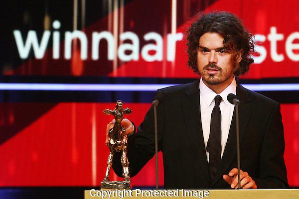 20121005 - Utrecht - Foto: Ramon Mangold - Nederlands Film festival, NFF 2012, Gala van de Nederlandse FIlm. Gouden Kalf voor Beste Korte Film SEVILLA van Bram Schouw.