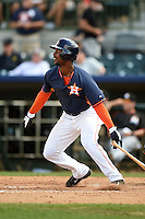 Houston Astros outfielder L.J. Hoes (28) during a spring training game against the Miami Marlins on March 21, 2014 at Osceola County Stadium in Kissimmee, Florida.  Miami defeated Houston 7-2.  (Mike Janes/Four Seam Images)