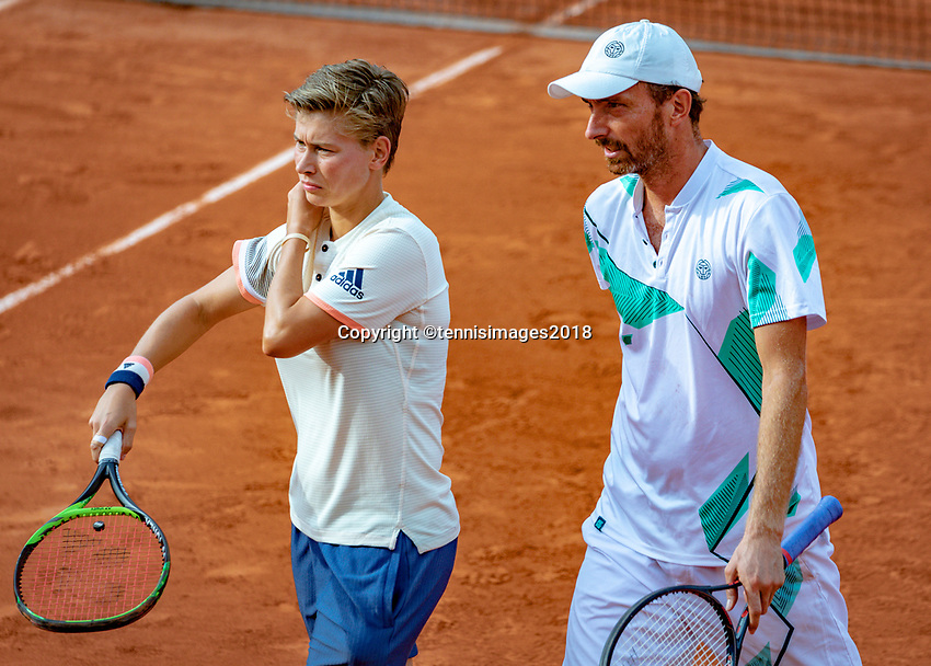 Paris, France, 02 June, 2018, Tennis, French Open, Roland Garros, Mixed doubles: Demi Schuurs (NED and Matwe Middelkoop (NED)<br /> Photo: Henk Koster/tennisimages.com