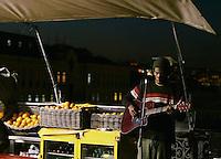 African singer performs at café in Lisbon on 28 November, 2006.