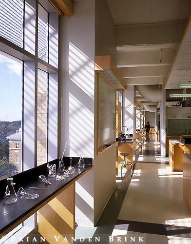 Wison Architects.Meryl & Sam Israel Research Building.Tulane University.New Orleans, La.