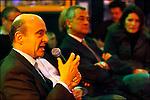 Alain Juppé en campagne pour les municipales 2008 / Chez Auguste place de la Victoire / Maire de Bordeaux réélu le 14 mars 2008 / 33 Gironde / Rég. Aquitaine / Alain Juppé Mayor of Bordeaux / Aquitaine / France