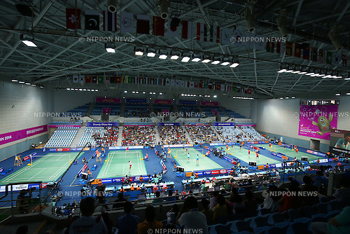 Gyeyang Gymnasium,<br /> SEPTEMBER 20, 2014 - Badminton : <br /> Women's Team quarter final<br /> at Gyeyang Gymnasium <br /> during the 2014 Incheon Asian Games in Incheon, South Korea. <br /> (Photo by Shingo Ito/AFLO SPORT) [1195]