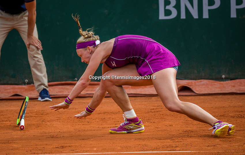 Paris, France, 29 May, 2018, Tennis, French Open, Roland Garros, Kiki Bertens (NED) is falling on the clay<br /> Photo: Henk Koster/tennisimages.com