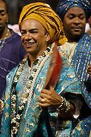 SAO PAULO, SP, 18 DE FEVEREIRO 2012 - CARNAVAL SP - GRUPO AFOXE - Integrante do grupo afoxe momentos antes do desfile na segunda noite do Carnaval 2012 de São Paulo, no Sambódromo do Anhembi, na zona norte da cidade, neste sábado.(FOTO: ALE VIANNA - BRAZIL PHOTO PRESS).