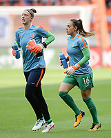 20170806 - ENSCHEDE , NETHERLANDS : Dutch Sari van Veenendaal (L) and Angela Christ (R)  pictured during the warming up of the female soccer game between The Netherlands and Denmark  , the final at the Women's Euro 2017 , European Championship in The Netherlands 2017 , Sunday 6th of August 2017 at Grolsch Veste Stadion FC Twente in Enschede , The Netherlands PHOTO SPORTPIX.BE | DAVID CATRY