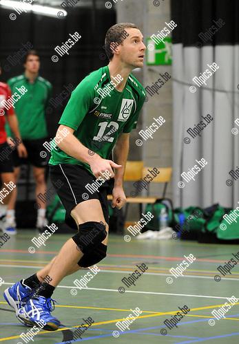 2012-10-13 / Volleybal / Seizoen 2012-2013 / Mendo Booischot / Bob Douwen..Foto: Mpics.be