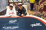 Neymar Jr_Felipe Ramos in the Kings Cash Lounge at the World Series of Poker