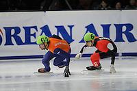 SCHAATSEN: DORDRECHT: Sportboulevard, Korean Air ISU World Cup Finale, 11-02-2012, Niels Kerstholt NED (61), Guillaume Bastille CAN (6), ©foto: Martin de Jong