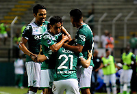 CALI - COLOMBIA - 13 - 07 - 2017: Los jugadores de Deportivo Cali celebran el gol anotado a Atletico Junior, durante partido de ida de la segunda fase llave 2 entre Deportivo Cali de Colombia y Atletico Junior de Colombia, por la Copa Conmebol Suramericana en el estadio Deportivo Cali (Palmaseca) de la ciudad de Cali. / The players of Deportivo Cali of Colombia celebrate the goal scored to Atletico Junior, during a match for the first leg between Deportivo Cali of Colombia and Atletico Junior of Colombia, of the second phase key 2 for the Copa Conmebol Suramericana at the Deportivo Cali (Palmaseca) stadium in the city of Cali.  Photo: VizzorImage / Nelson Rios / Cont.