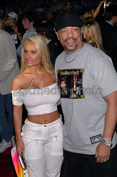 "23June 2005 - New York, New York - Actor/rapper Ice T and his wife Coco arrive at the New York premiere of his new film, ""War Of The Worlds"" at the Ziegfeld Theater.  Photo Credit: Patti Ouderkirk/AdMedia"