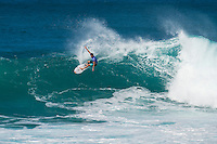 SUNSET BEACH, Oahu/Hawaii (Friday, December 5, 2014): Ian Walsh (HAW). The Vans World Cup of Surfing was  called ON this morning with competition begining with Round 4. <br /> A new NW 6 - 8 foot swell was on hand for the final which built through the day to 10 foot plus by the afternoon.<br /> Four island boys reached the final, three from the islands of Hawaii and one from the islands of tahiti. By the final hooter it was the Tahitian Michel Bourez (PYF) who emerged vitreous with Dusty Payne (HAW) 2nd, Sebastien Zietz (HAW) 3rd and Ian Walsh (HAW) 4th. Photo: joliphotos.com