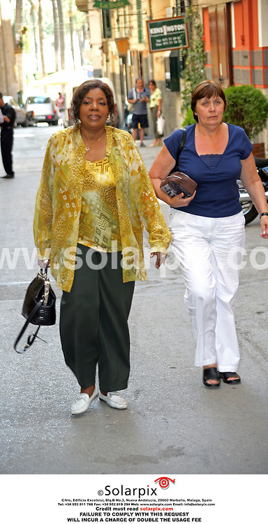 ALL ROUND PICTURES FROM SOLARPIX.COM.*MUST CREDIT SOLARPIX.COM OR DOUBLE FEE WILL BE CHARGED*.The singer Gloria Gaynor recently went shopping in mallorca with a friend in the centre of Palma last weekend...DATE:05.07.06-JOB REF:2543-WUN