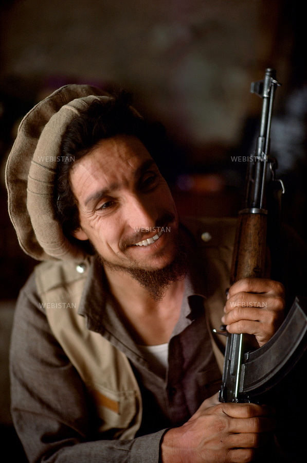 Afghanistan. Pandjchir valley, June 1985. <br /> Portrait of Massoud.<br /> <br /> <br /> Afghanistan. Vall&eacute;e du Pandjchir, juin 1985. Portrait de Massoud.