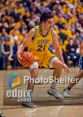 3 March 2018: University of Vermont Guard Everett Duncan, a Redshirt Sophomore from Evansville, IN, in action during the America East quarterfinals against Maine at Patrick Gymnasium in Burlington, Vermont. The Catamounts defeated the Black Bears 75-60 to move onto the AE semi-finals. Mandatory Credit: Ed Wolfstein Photo *** RAW (NEF) Image File Available ***