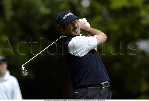 SAM TORRANCE (SCO) looks into the distance after playing an iron, Wentworth Club, Surrey, 030522. Photo: Neil Tingle/Action Plus...golf golfer 2003
