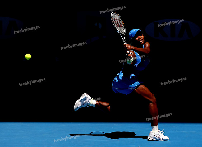 Serena Williams (USA) in action against Svetlana Kuznetsova (RUS)  on day 10 of the Australian Open Tennis , 28-1-09