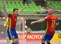 MEDELLIN - COLOMBIA- 21-09-2016: Lozano (Izq) jugador de España celebra después de anotar un gol a Kazajistán durante partido de octavos de final de la Copa Mundial de Futsal de la FIFA Colombia 2016 jugado en el Coliseo Ivan de Bedout en Medellín, Colombia. /  Lozano (L) player of Spain celebrates after scoring a goal to Kazakhstan during match of the knockout stages of the FIFA Futsal World Cup Colombia 2016 played at Ivan de Bedout coliseum in Medellin, Colombia. Photo: VizzorImage / Leon Monsalve /