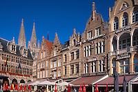 Belgien, Flandern,  Rathaus am Grote Markt in Ypern (Ieper)