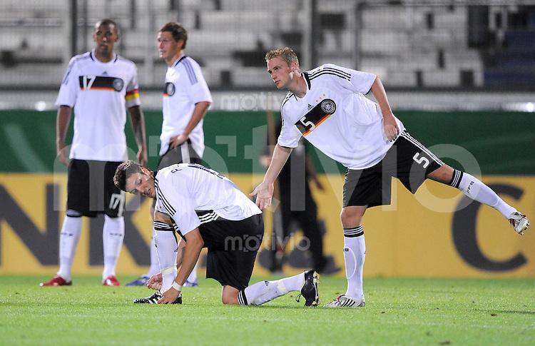 U21 Fussball Nationalmannschaft :  Saison   2009/2010   08.09.2009 Deutschland - Tschechien , Tschechei , Tschechische Republik , GER - CZE ,  v. li., Jerome Boateng , Kevin Pezzoni , Felix Bastians (GER)