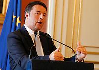 Matteo Renzi in visita Napoli