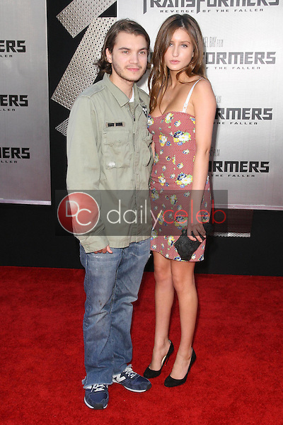 Emile Hirsch<br />at the Los Angeles Premiere of 'Transformers Revenge of the Fallen'. Mann Village Theatre, Westwood, CA. 06-22-09<br />Dave Edwards/DailyCeleb.com 818-249-4998