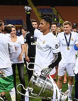 FUSSBALL  CHAMPIONS LEAGUE  FINALE  SAISON 2015/2016   Real Madrid - Atletico Madrid                   28.05.2016 Torwart Keylor Navas (Real Madrid) jubelt mit dem Pokal