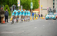 Team Astana in action<br /> Giro d'Italia 2014<br /> stage 1: TTT