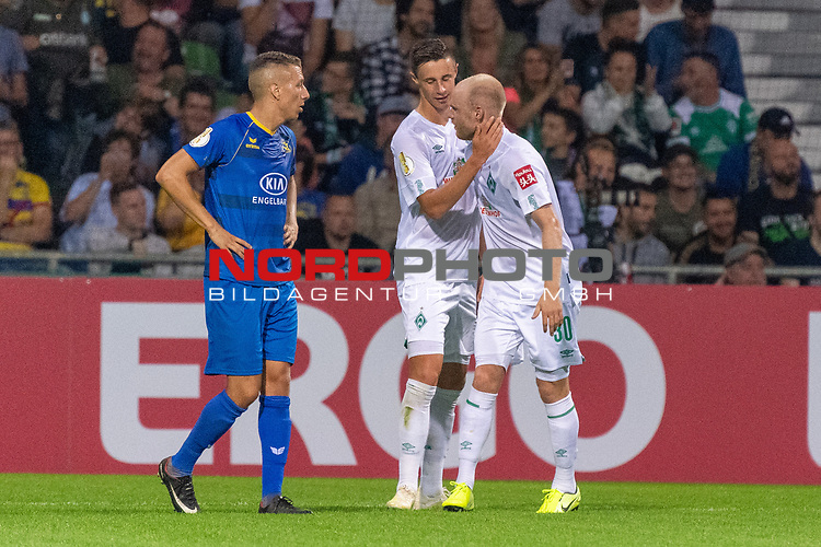 10.08.2019, wohninvest Weserstadion, Bremen, GER, DFB-Pokal, 1. Runde, SV Atlas Delmenhorst vs SV Werder Bremen<br /> <br /> DFB REGULATIONS PROHIBIT ANY USE OF PHOTOGRAPHS AS IMAGE SEQUENCES AND/OR QUASI-VIDEO.<br /> <br /> im Bild / picture shows<br /> <br /> Jubel Marco Friedl (Werder Bremen #32)<br /> Davy Klaassen (Werder Bremen #30)<br /> Foto © nordphoto / Kokenge