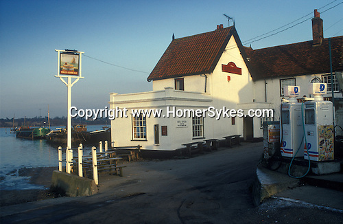 The Village Pub. Butt and Oyster. Pin Mill, Suffolk England. The River Orwell.