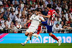 Marco Asensio of Real Madrid (L) in action against Jose Maria Gimenez of Atletico de Madrid (R) during their La Liga  2018-19 match between Real Madrid CF and Atletico de Madrid at Santiago Bernabeu on September 29 2018 in Madrid, Spain. Photo by Diego Souto / Power Sport Images