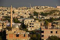 TURKEY Birecik at Euphrates river / TUERKEI Birecik am Fluss Euphrat