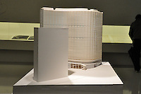 S&Atilde;O PAULO-SP-27,07,2014-OSCAR NIEMEYER/CL&Aacute;SSICOS E IN&Eacute;DITOS - A Funda&ccedil;&atilde;o Oscar Niemeyer (FON) e o Ita&uacute; Cultural oferecem a exposi&ccedil;&atilde;o Oscar Niemeyer - Cl&aacute;ssicos e In&eacute;ditos.De Quinta 5 de Junho &agrave; 27 de Julho de 2014. Ita&uacute; Cultural fica na Avenida Paulista 149 ,regi&atilde;o centro sul da cidade de S&atilde;o Paulo.A exposi&ccedil;&atilde;o encerra nesse Domingo,27<br /> (Foto:Kevin David/Brazil Photo Press)