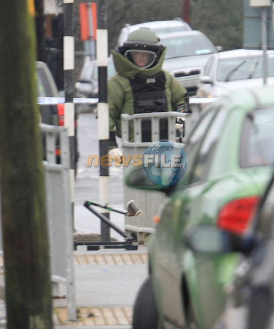 Residents are evacuated and school students moved to back of their schools as the Army Bomb Disposal Squad attend and make safe a suspicious  devise outside St.Brigids and St Patricks National Schools, Bothar Brugha in Drogheda...(Photo credit should read Jenny Matthews www.newsfile.ie)....This Picture has been sent you under the conditions enclosed by:.Newsfile Ltd..The Studio,.Millmount Abbey,.Drogheda,.Co Meath..Ireland..Tel: +353(0)41-9871240.Fax: +353(0)41-9871260.GSM: +353(0)86-2500958.email: pictures@newsfile.ie.www.newsfile.ie.