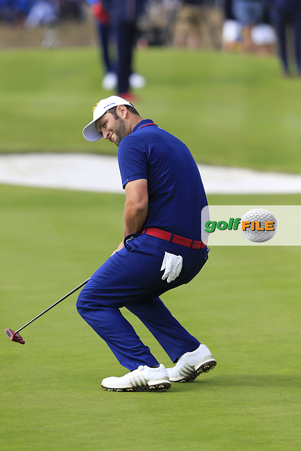Jon Rahm Team Europe misses his putt to tie the match on the 18th green during Friday's Fourball Matches at the 2018 Ryder Cup, Le Golf National, Iles-de-France, France. 28/09/2018.<br /> Picture Eoin Clarke / Golffile.ie<br /> <br /> All photo usage must carry mandatory copyright credit (© Golffile | Eoin Clarke)